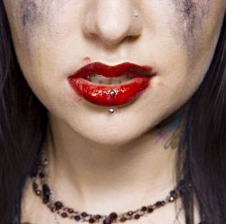 AlbumArt-Escape the Fate-Dying is Your Latest Fashion (2006).jpg